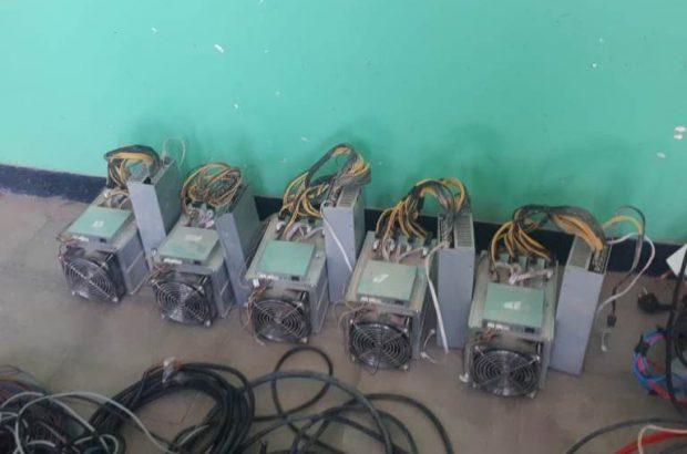 کشف ۵ دستگاه استخراج ارز دیجیتال در ریگان